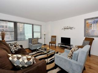Furnished Apartment at 2nd Ave & E 44th St New York, Nueva York