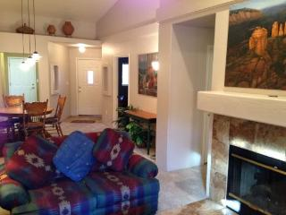Well laid out smaller Condo, optimally utilizes space giving it a much larger feel CLIFF -ROSE - S068, Sedona
