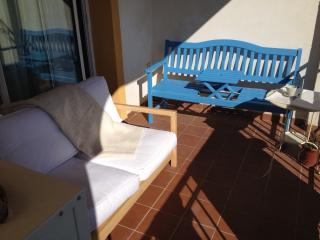 Sunny beautiful 2 bedroom flat in Mijas Golf