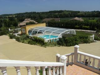 Grande Maison avec piscine privé jusqu'à 12 pers