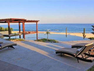 Beachfront Beauty - Villa Delfines*, Cabo San Lucas