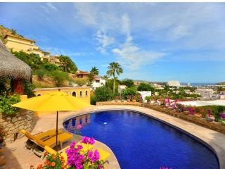 Enjoyable Ocean Views - Villa Mira Flores*, Cabo San Lucas