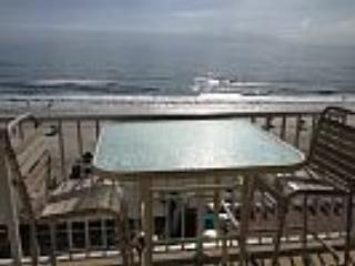 Beautiful Oceanfront Condo in Daytona Beach