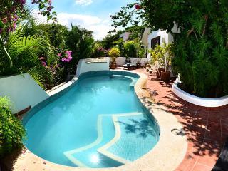 Paloma House Family Beach Retreat, Playa del Carmen