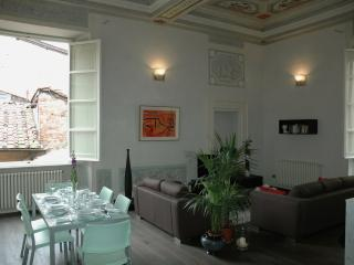 Luxury apartment in the very centre of Lucca