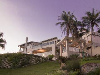 11 on Fairway Luxury Beach Villa