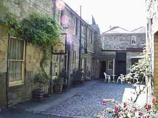 Bonchurch Inn Courtyard