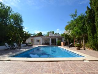 Lovely Villa in Sant Jordi, IBIZA (license ET0360E)