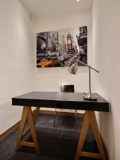 OFFICE:The 7 square meters office is equipped with : desk, hard wood floor.