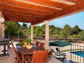 12711 Enjoyable Villa & pool close the beaches