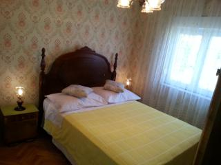 Sweetheart Apartment in Pirovac