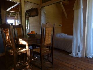 Petite maison en bois 10 min à pieds  centre ville, Sarlat-la-Canéda