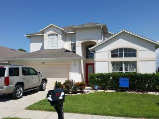 6 BR Oak Island Cove 2 Miles From Disney, Kissimmee
