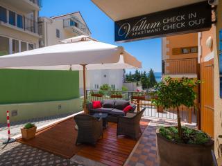 Vallum Apartments S 2+2, Bol