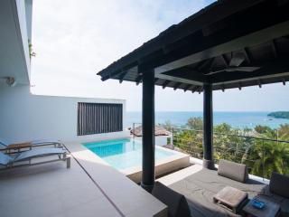 Stunning 3-Bedroom Surin Beach Villa, Cherngtalay