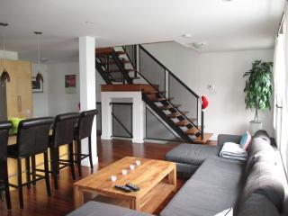DOWNTOWN- Large Executive Apartment, St. John