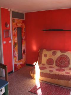 Sala con divano-letto