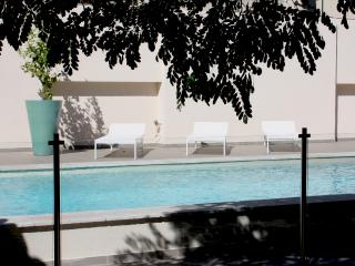 Wonderful house with private pool, Fontvieille