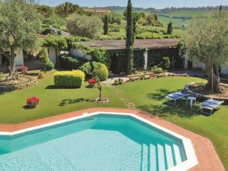 Splendida villa con piscina, San Costanzo