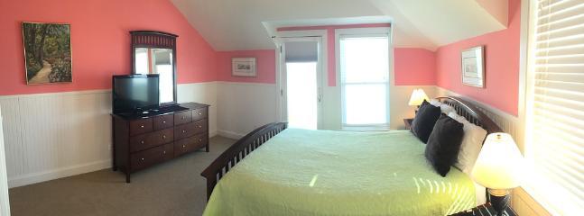 Bedroom 3, Queen