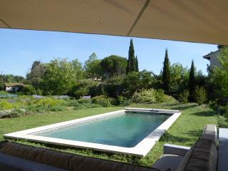 Maison contemporaine 9 couchages avec piscine