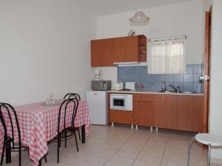 Marianna apartments apartment 2 beds, Almyrida