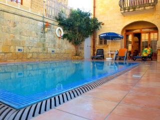 Gozo Green Living/The Travellers' Room