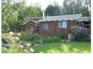Foymount Farm Accommodations, Cottage 2. Farm stay, Ottawa Valley