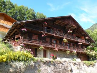 La Grange au Merle by Clarian Chalets - Luxury Catered Ski Chalet