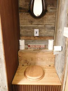 Outhouse bath lower level