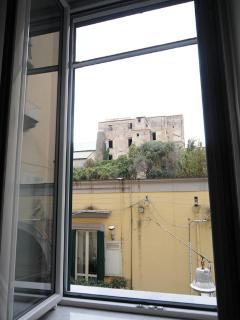 Dalla finestra il monastero di Santa Chiara