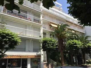Biarritz plage a pieds, studio residence recherchee, parking, wifi