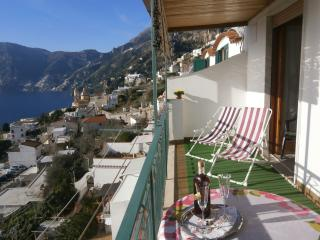 Casa Genny - seaview towards Capri, terrace, WIFI, Praiano