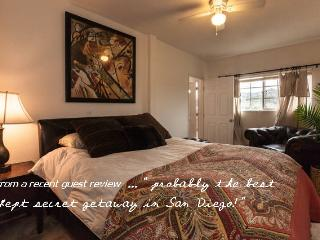 Romantic Farmstay with Hot Tub, Fallbrook