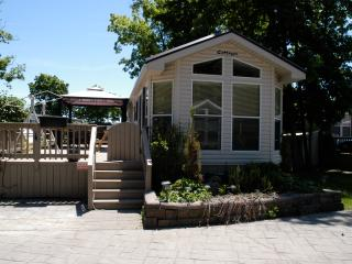 Resort style cottage, Port Colborne