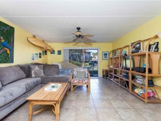 Summerhouse 340, 2 Bedrooms, Ocean View, 4 Heated Pools, WiFi, Sleeps 6, Marineland