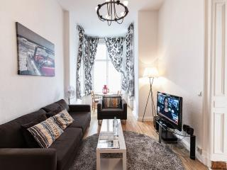 Homey 1 Bedroom Vacation Apartment in Berlin, Germany