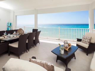 5th floor luxury beachfront condo on the picturesque South Coast of Barbados, Christ Church Parish