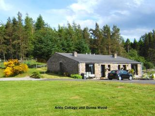 Arkle Cottage - Delightful Stone Cottage For 4, Lairg