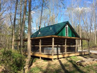 Montana Cabin 1st Choice Cabin Rentals Hocking Hills Ohio between Logan & Athens