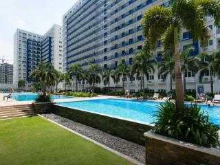 905 Tower D SM Sea Residences 1BR Condo in Mall of Asia 905