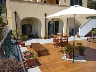 Casa Girasole tra mare/campagna +terrazza/giardino, Finale Ligure