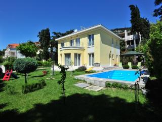 Villa Ideal Holiday in Split
