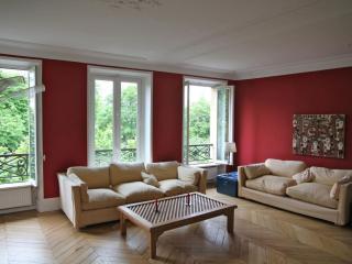 Spacious Boulevard Saint Germain apartment in 06ème - St Germain des Prés with