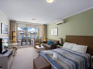 SEASIDE ESCAPE - ETTALONG BEACH RESORT, Ettalong Beach
