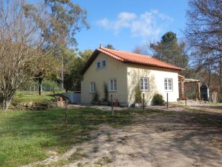 Cottage Set In Secluded Woodland With Pool., Oliveira do Hospital