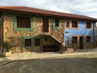 """Apartamento Biescas Luarca  CASA RURAL EN BIESCAS  ( C""""GENOVEVA)"""
