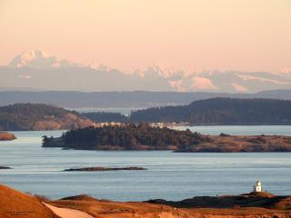 Serene Studio Apartment, Friday Harbor