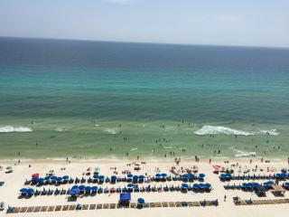 Calypso Beach Front Condo 1506E- Amazing Gulf View, Panama City Beach