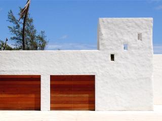 Señora Casa's facade
